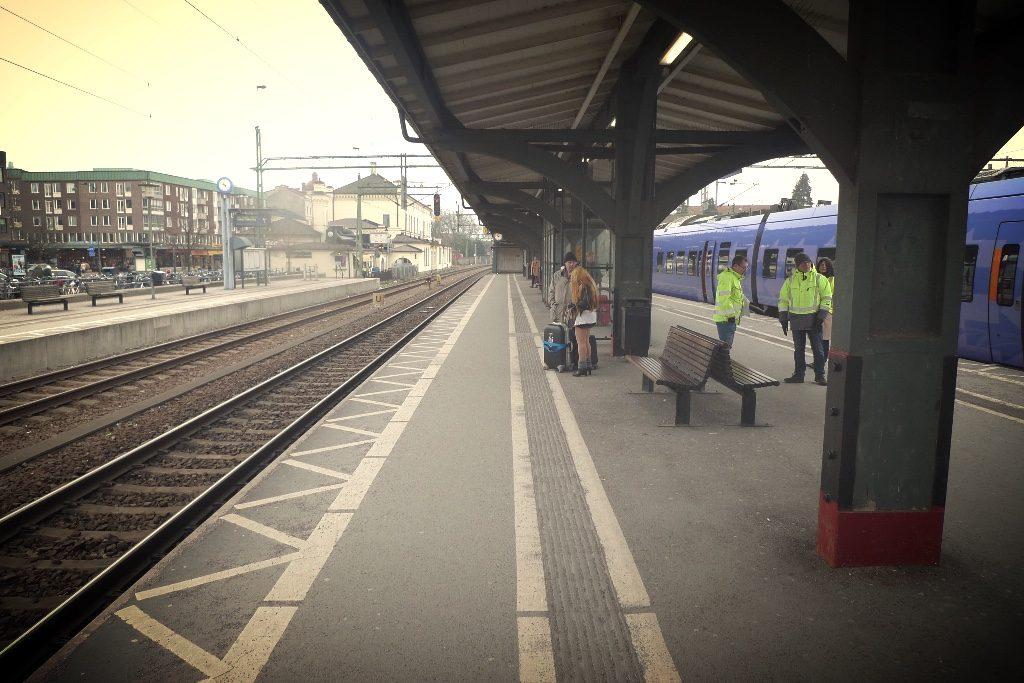 Taltydlighet Stipa Järnvägsstationer